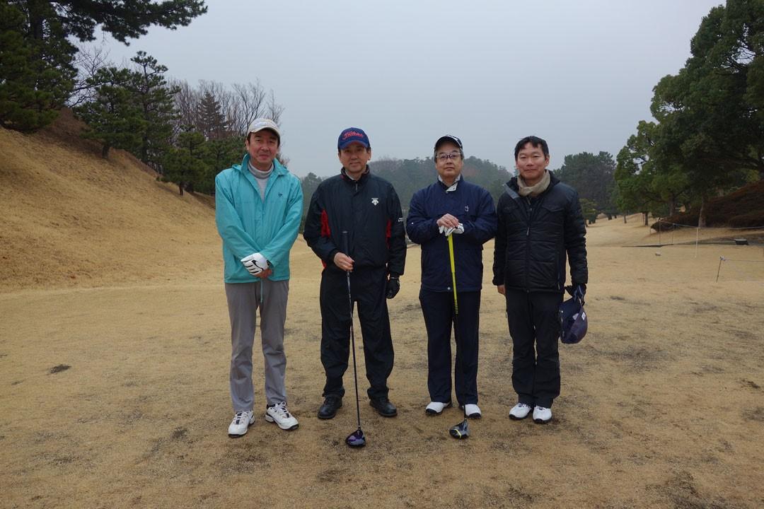 学会協力者の懇親会ゴルフ